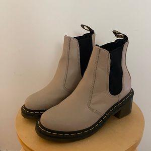 Rare Tan Dr Martens Cadence Tan Chelsea Boots